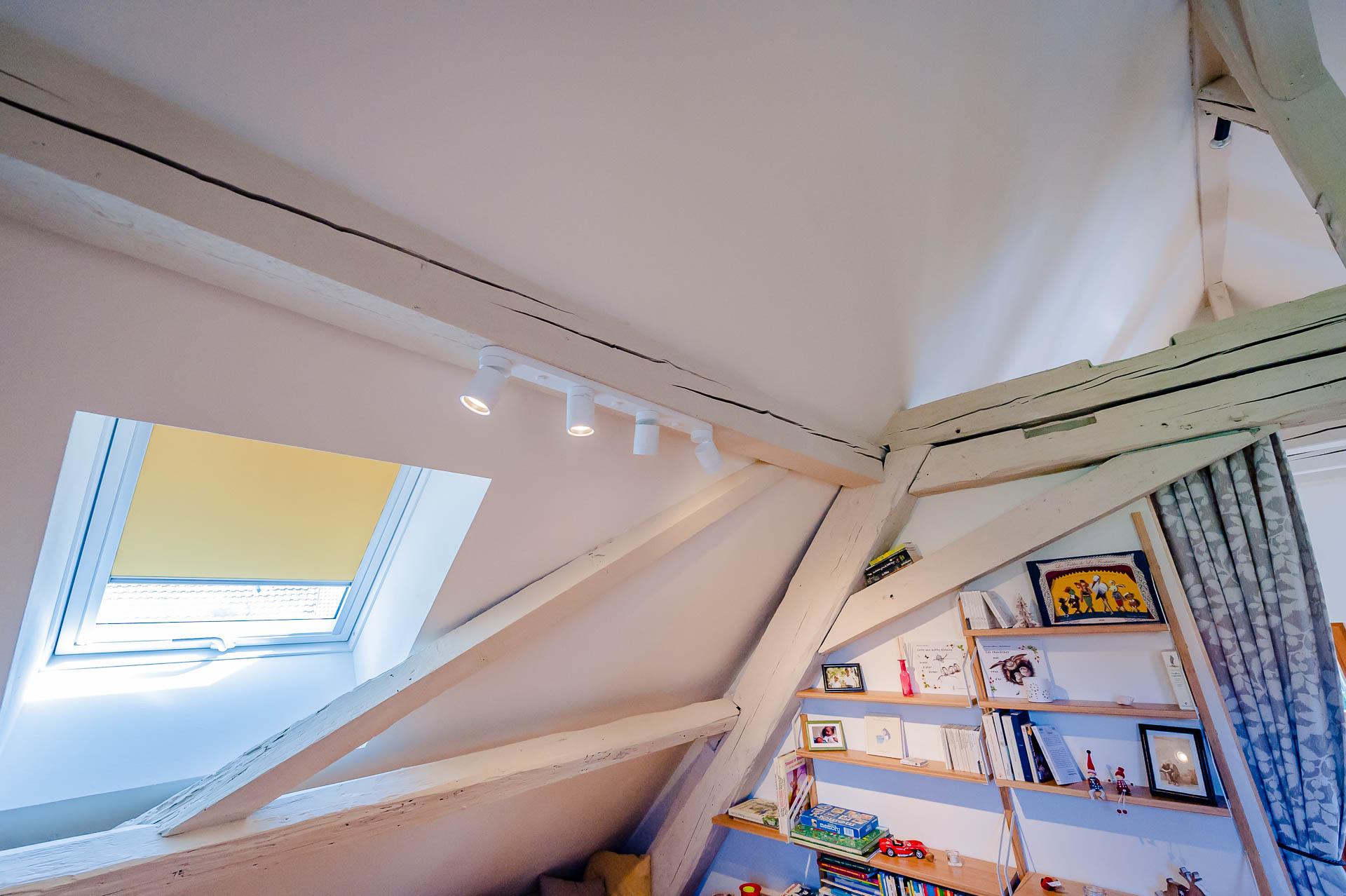 Installation De Fenêtre De Toit En Alsace Svbois